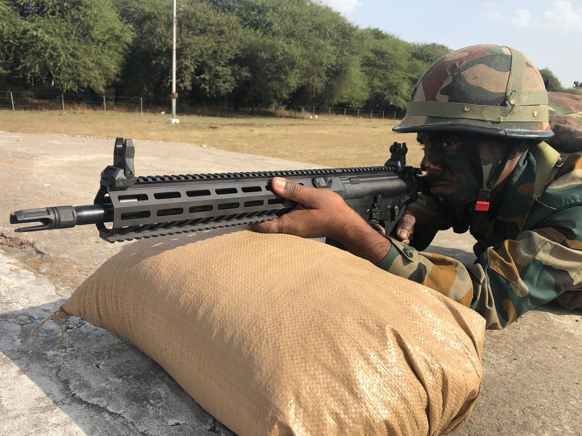 indian army with sig 716