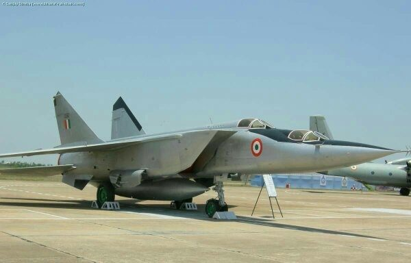 indian airforce mig-25