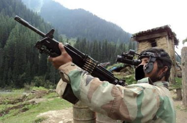 Indian army IWI negav LMG