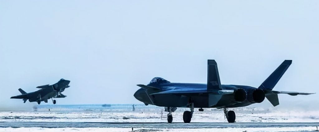 J-20 in high altitude
