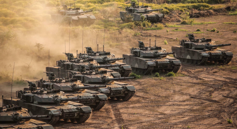 Chinese army tanks