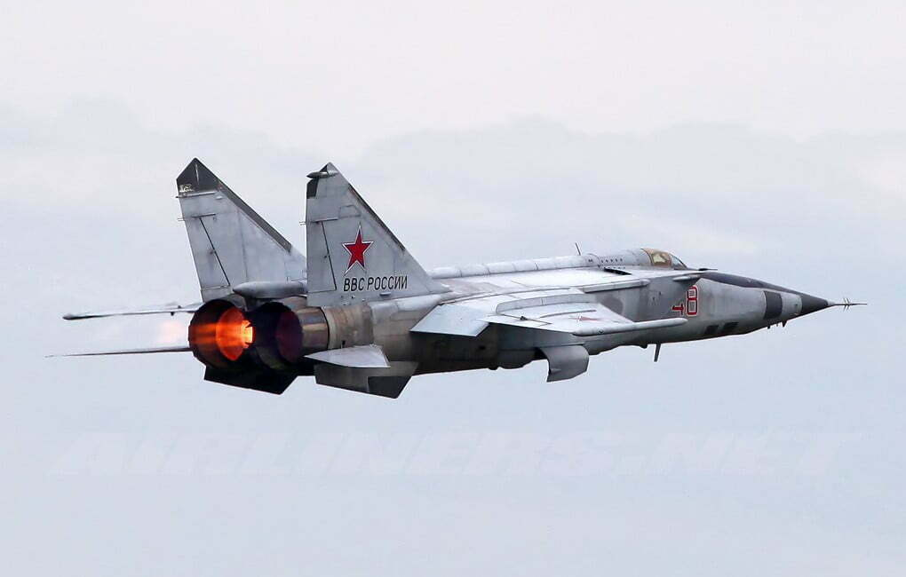 MIG-25 fastest fighter aircraft